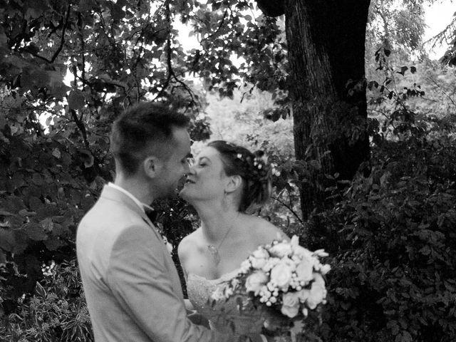 Le mariage de Florent et Margot à Bourg-Argental, Loire 5