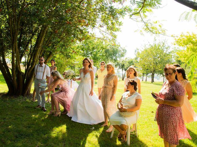 Le mariage de Damien et Eliza à Marquefave, Haute-Garonne 42