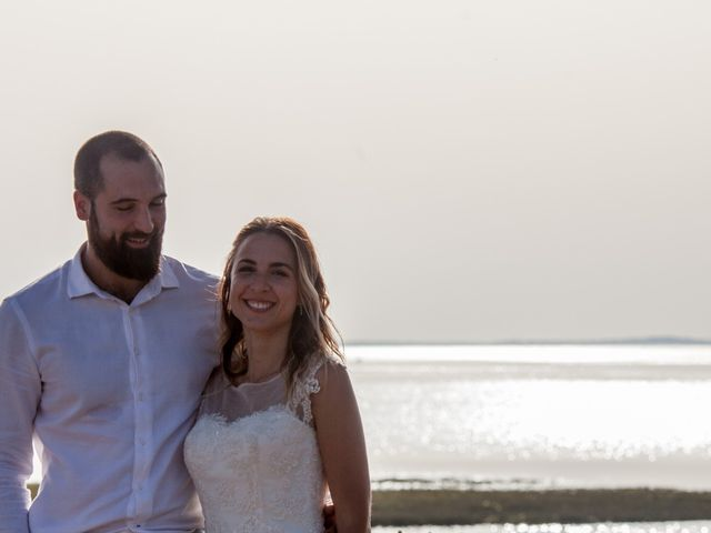 Le mariage de Raphael et Mélanie à Pessac, Gironde 18