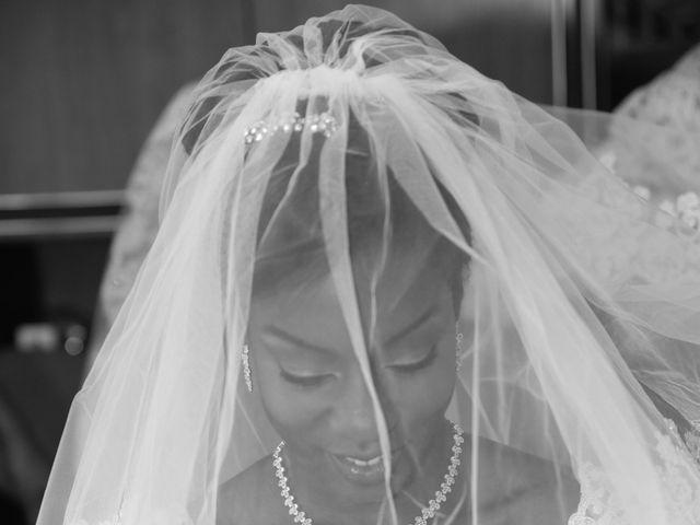 Le mariage de ZACHARI et INES à Le Coudray-Montceaux, Essonne 6