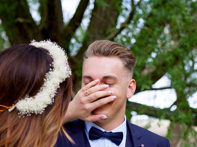 Le mariage de Valentin et Zélie à Halluin, Nord 19