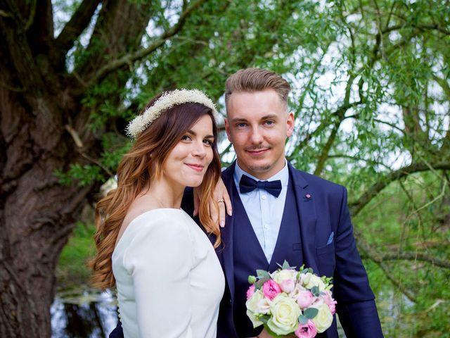 Le mariage de Valentin et Zélie à Halluin, Nord 21