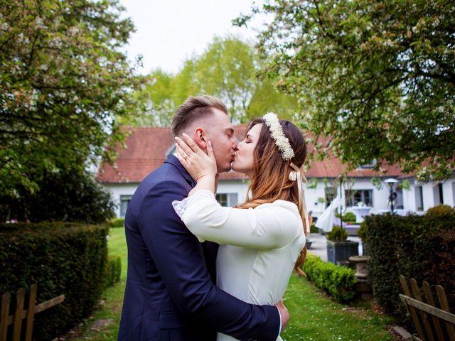 Le mariage de Valentin et Zélie à Halluin, Nord 24