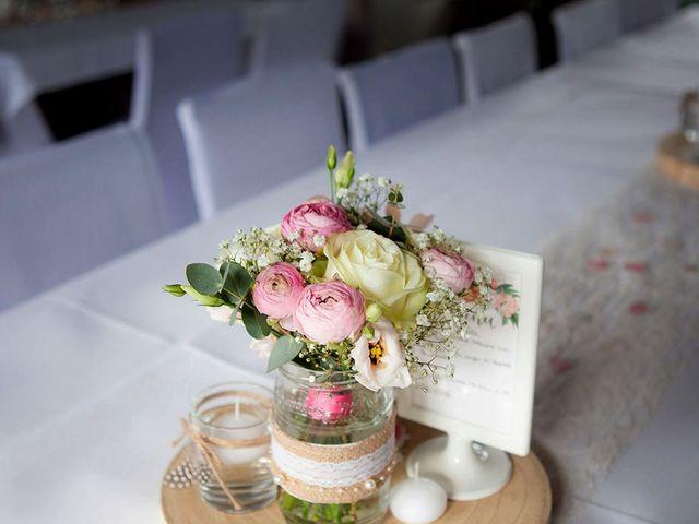 Le mariage de Valentin et Zélie à Halluin, Nord 36