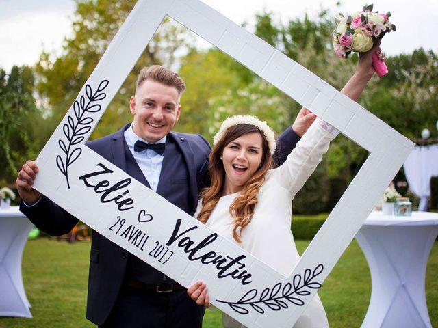 Le mariage de Valentin et Zélie à Halluin, Nord 42