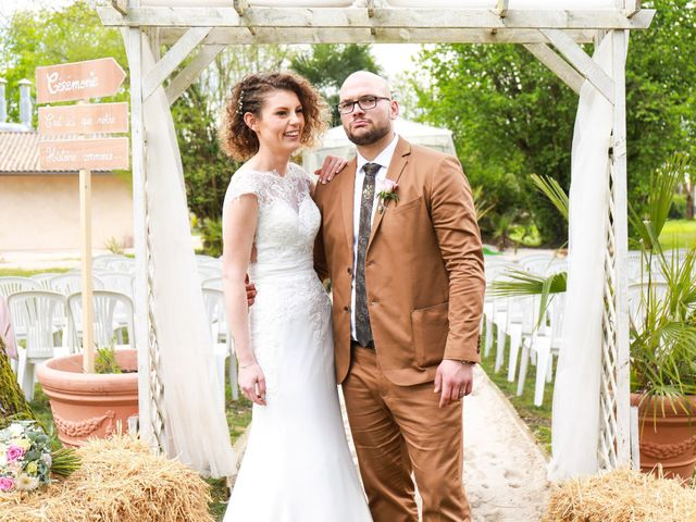 Le mariage de Jonathan et Cynthia à Arsac, Gironde 12