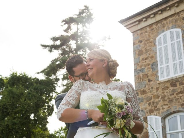 Le mariage de Yannick et Férial à Roiffieux, Ardèche 31