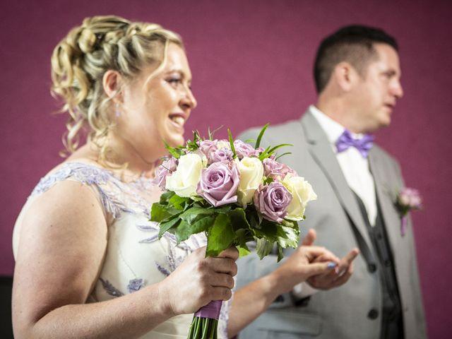Le mariage de Michael et Cathy à Villers-Outréaux, Nord 42