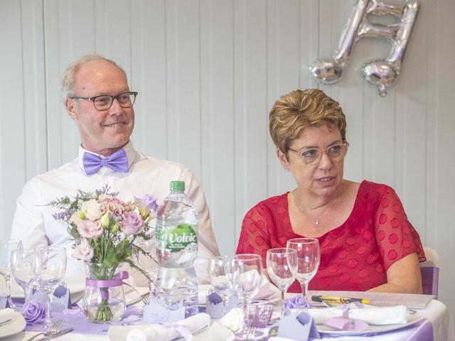 Le mariage de Michael et Cathy à Villers-Outréaux, Nord 112