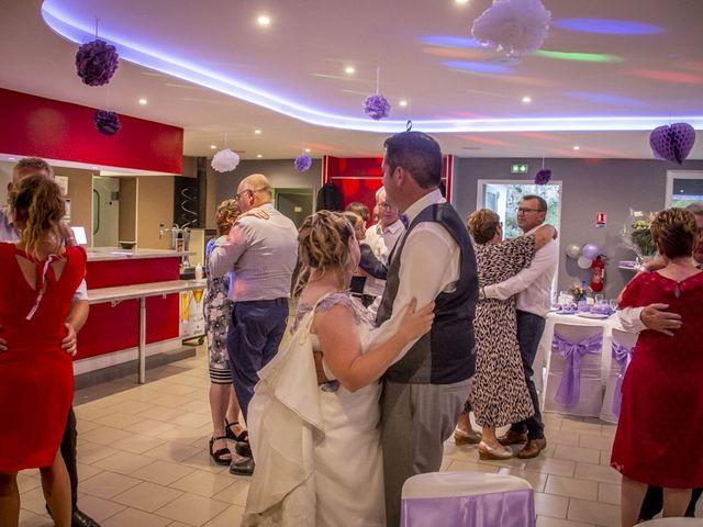 Le mariage de Michael et Cathy à Villers-Outréaux, Nord 125