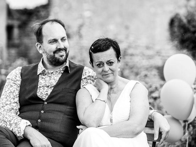 Le mariage de Sébastien et Isabelle à Sainte-Gemme-la-Plaine, Vendée 21