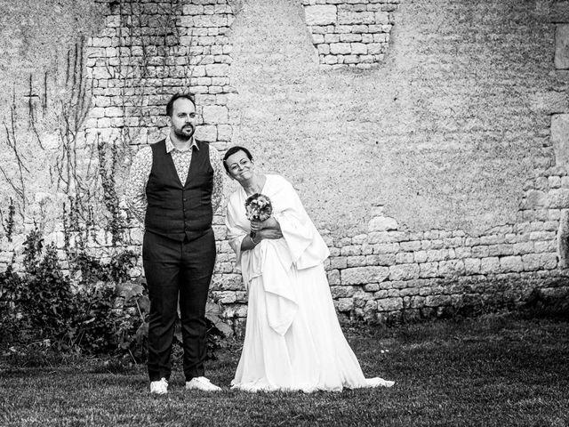 Le mariage de Sébastien et Isabelle à Sainte-Gemme-la-Plaine, Vendée 16