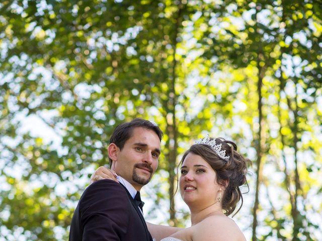 Le mariage de Kevin et Alexia à Saint-Léon-sur-l'Isle, Dordogne 20