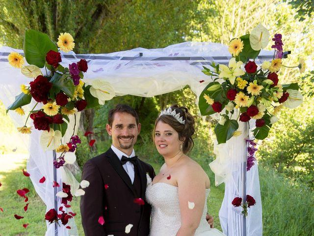 Le mariage de Kevin et Alexia à Saint-Léon-sur-l'Isle, Dordogne 21