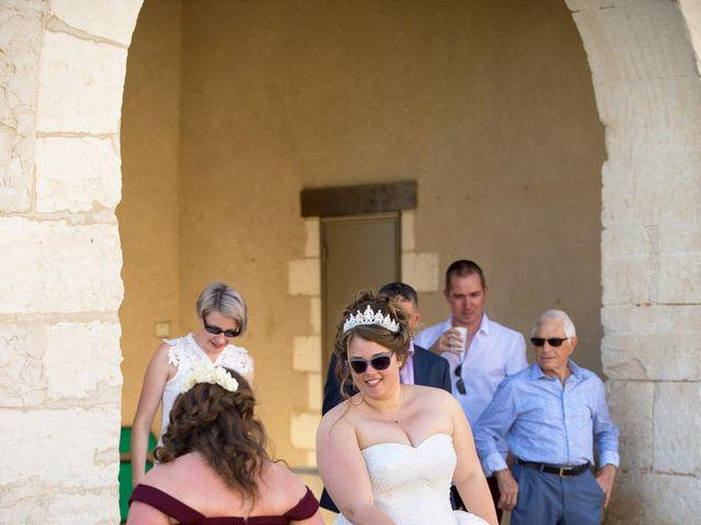 Le mariage de Kevin et Alexia à Saint-Léon-sur-l'Isle, Dordogne 22