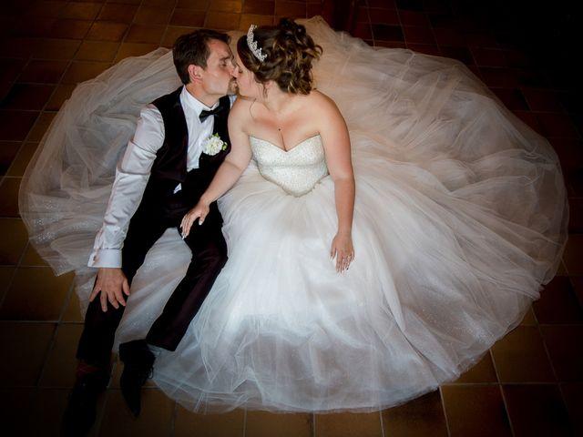 Le mariage de Kevin et Alexia à Saint-Léon-sur-l'Isle, Dordogne 23