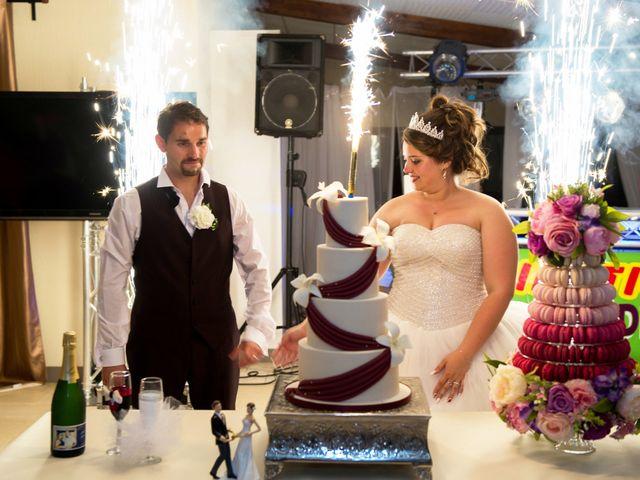 Le mariage de Kevin et Alexia à Saint-Léon-sur-l'Isle, Dordogne 26