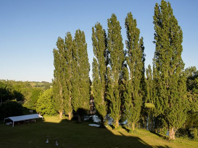 Le mariage de Kevin et Alexia à Saint-Léon-sur-l'Isle, Dordogne 27