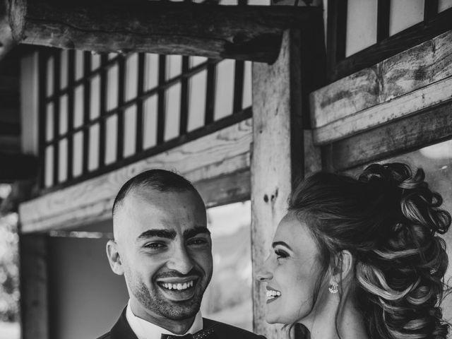 Le mariage de Oualid et Caroline à Oyonnax, Ain 3