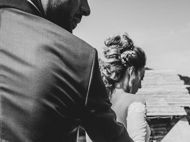 Le mariage de Oualid et Caroline à Oyonnax, Ain 8