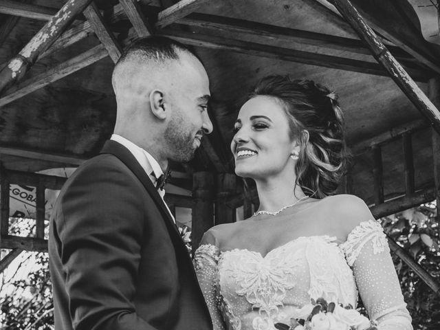 Le mariage de Oualid et Caroline à Oyonnax, Ain 11