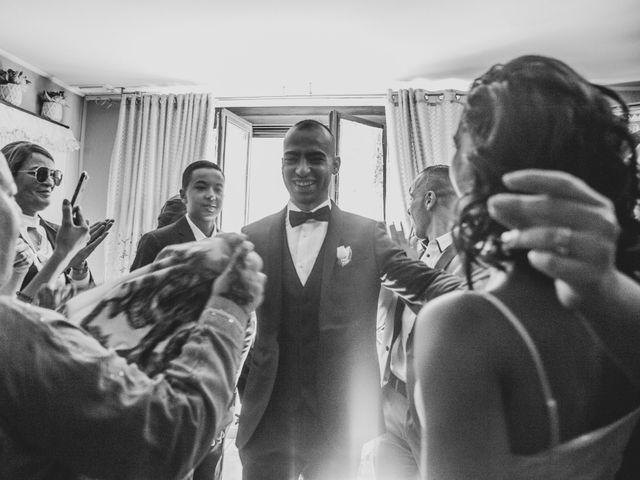 Le mariage de Oualid et Caroline à Oyonnax, Ain 14