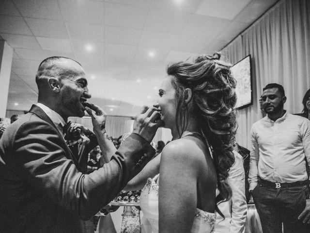 Le mariage de Oualid et Caroline à Oyonnax, Ain 57