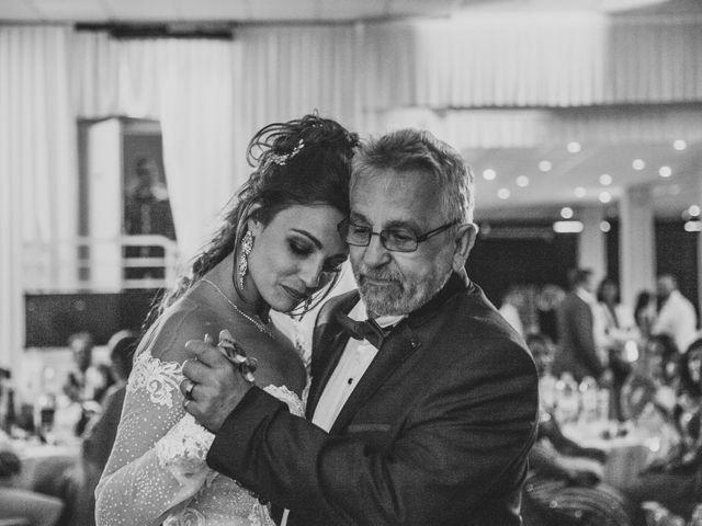 Le mariage de Oualid et Caroline à Oyonnax, Ain 66