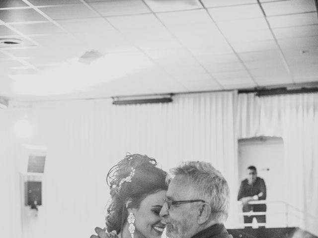 Le mariage de Oualid et Caroline à Oyonnax, Ain 67