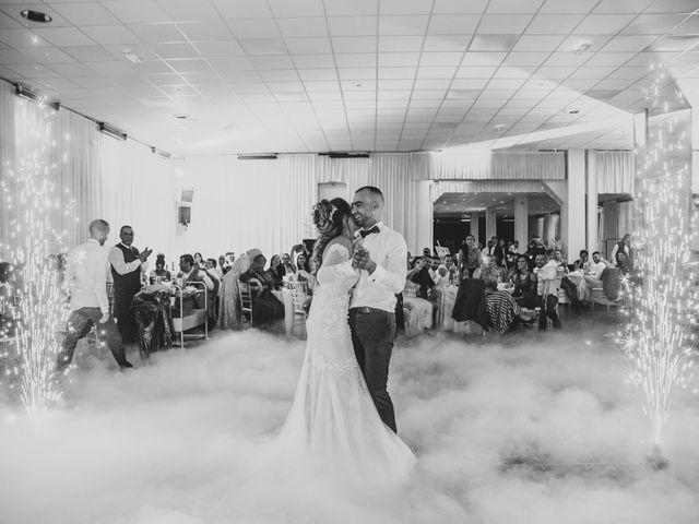Le mariage de Oualid et Caroline à Oyonnax, Ain 2