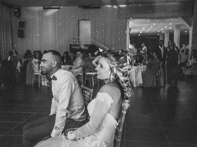 Le mariage de Oualid et Caroline à Oyonnax, Ain 77