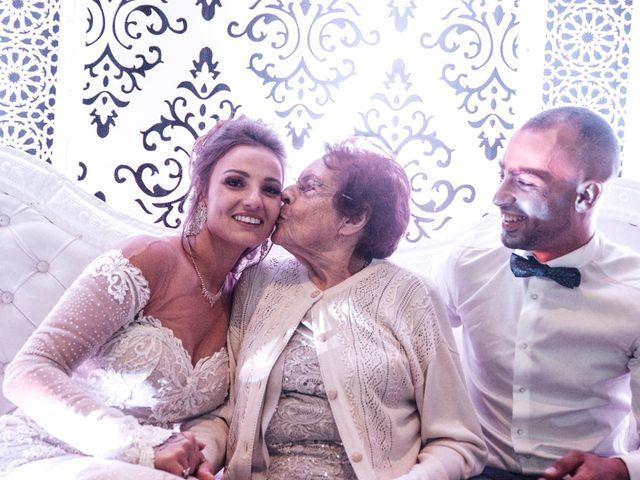 Le mariage de Oualid et Caroline à Oyonnax, Ain 82