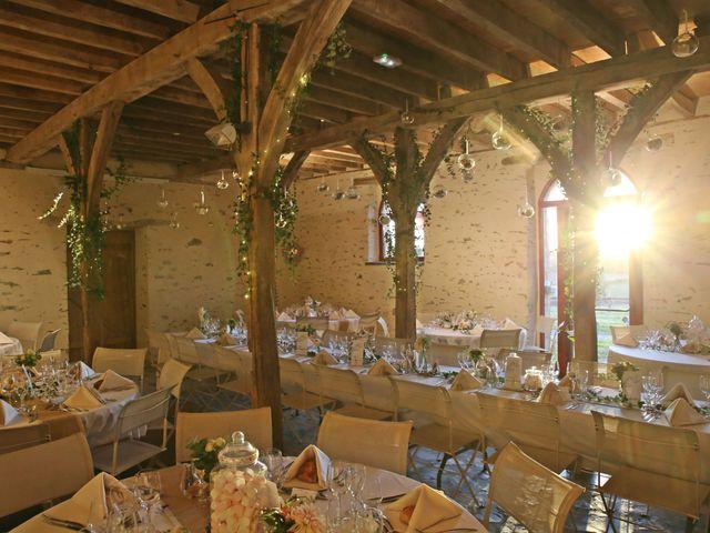 Le mariage de Yann et Sabrina à Chenillé-Changé, Maine et Loire 17