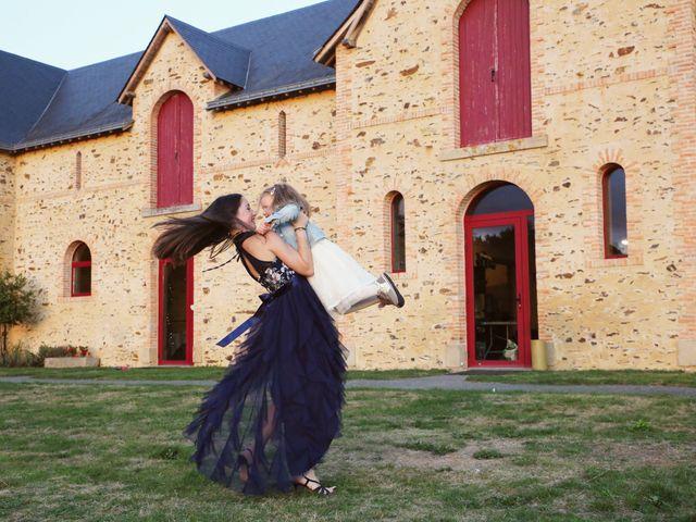 Le mariage de Yann et Sabrina à Chenillé-Changé, Maine et Loire 18