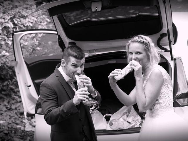 Le mariage de Yann et Sabrina à Chenillé-Changé, Maine et Loire 42