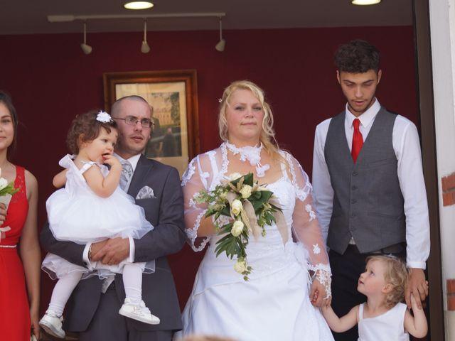 Le mariage de Samuel et Rose à Torcé-en-Vallée, Sarthe 9