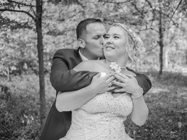 Le mariage de Jean-Marc et Lucie à Longvic, Côte d'Or 5