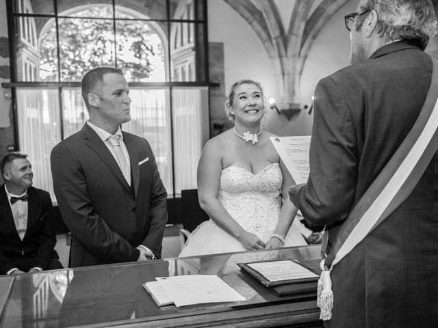 Le mariage de Jean-Marc et Lucie à Longvic, Côte d'Or 43