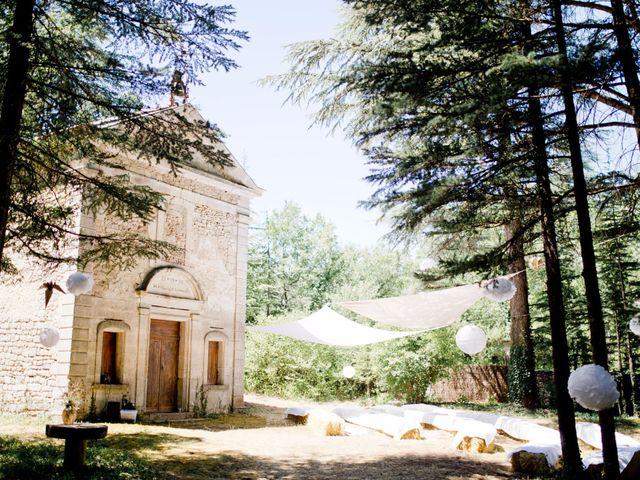 Le mariage de Thibaut et Clemence à Saint-Michel-l'Observatoire, Alpes-de-Haute-Provence 3