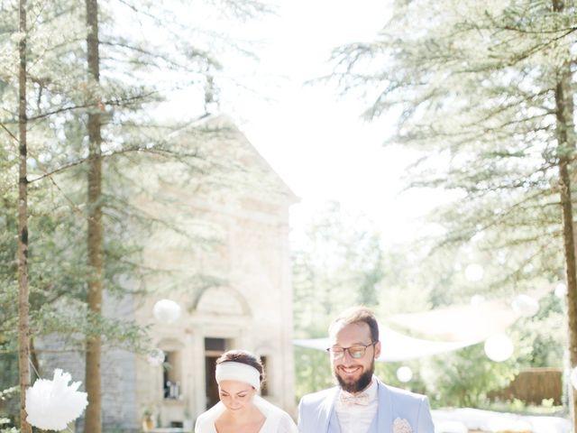 Le mariage de Thibaut et Clemence à Saint-Michel-l'Observatoire, Alpes-de-Haute-Provence 57