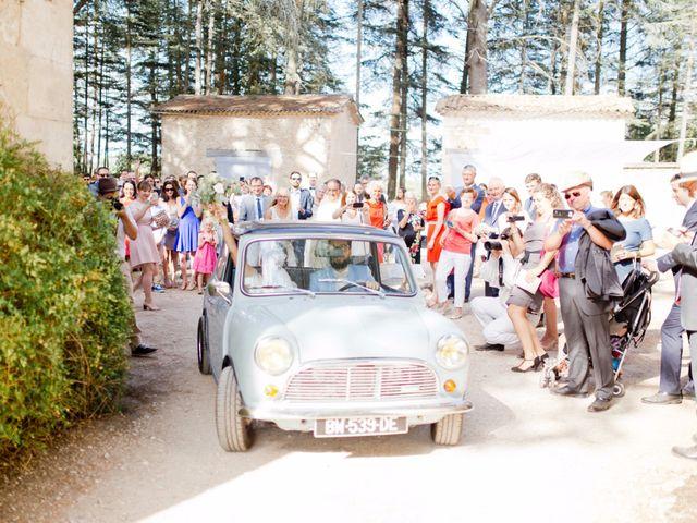 Le mariage de Thibaut et Clemence à Saint-Michel-l'Observatoire, Alpes-de-Haute-Provence 61