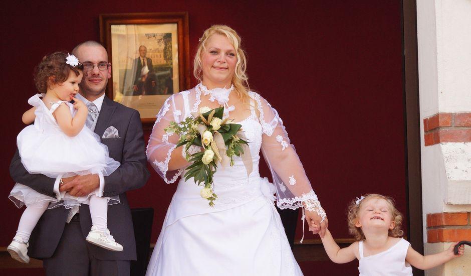 Le mariage de Samuel et Rose à Torcé-en-Vallée, Sarthe