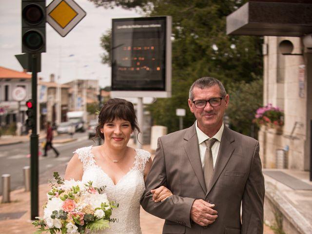 Le mariage de François et Amélie à Saint-Médard-en-Jalles, Gironde 5