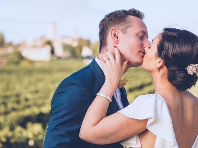 Le mariage de Mathias et Caroline à Montagne, Gironde 31