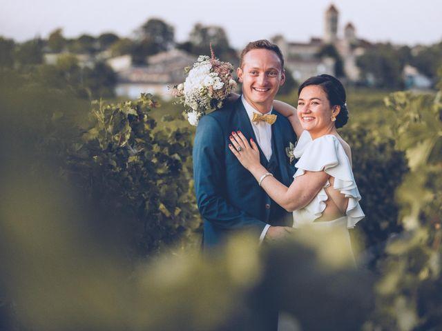 Le mariage de Mathias et Caroline à Montagne, Gironde 41