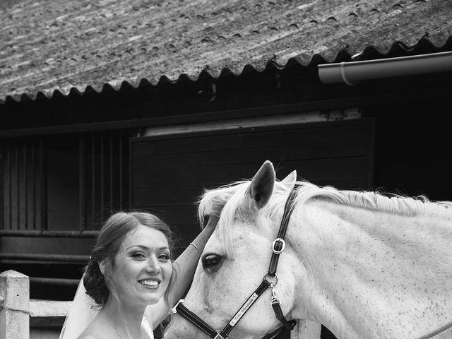 Le mariage de Florian et Cecilia à Coye-la-Forêt, Oise 12