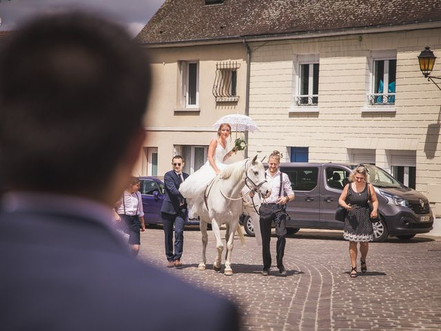 Le mariage de Florian et Cecilia à Coye-la-Forêt, Oise 17