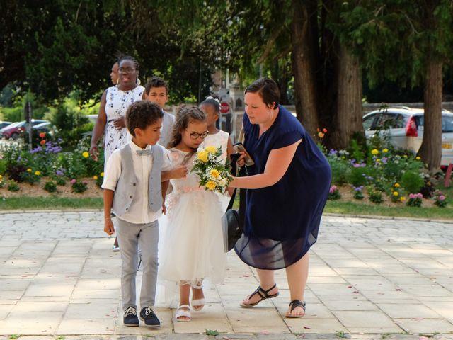 Le mariage de Jean Brice et Mélanie à Combs-la-Ville, Seine-et-Marne 35