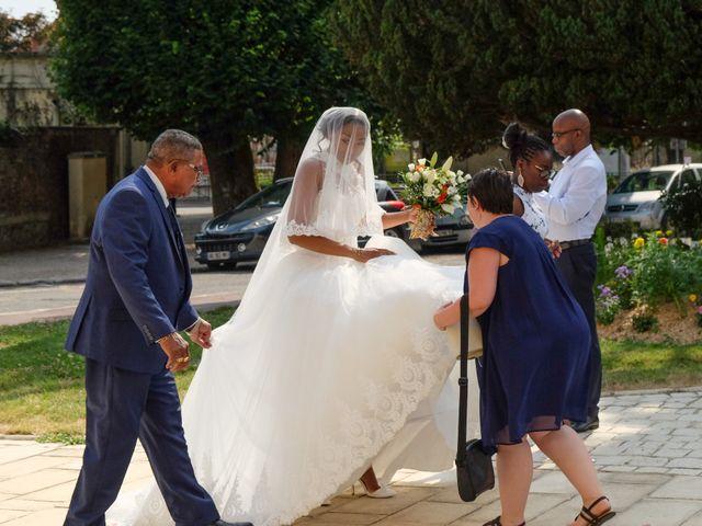 Le mariage de Jean Brice et Mélanie à Combs-la-Ville, Seine-et-Marne 38