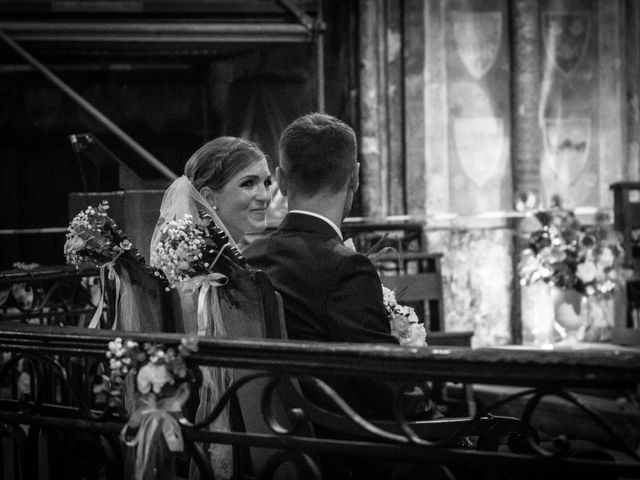 Le mariage de Oliver et Aude à Larroque , Tarn 32